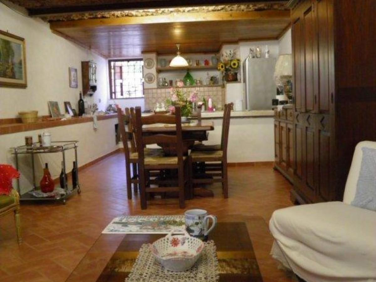 Pregiato casale in stile toscano — Casali Toscani